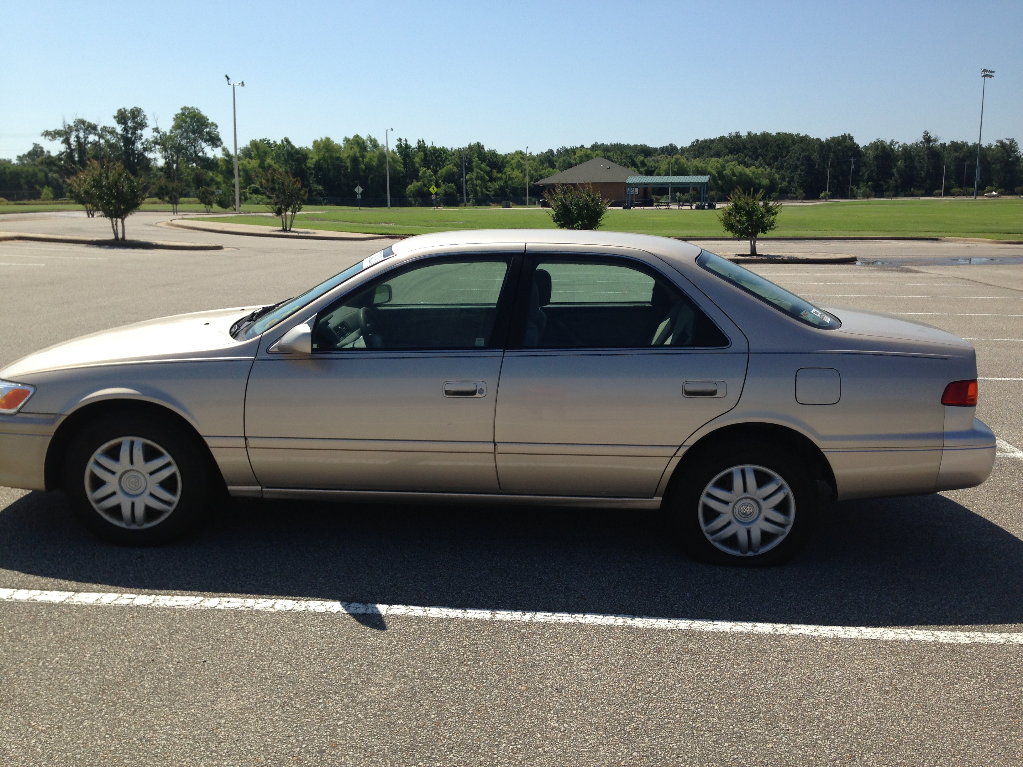 2005 Toyota Camry Le >> Gold 2001 Toyota Camry (SOLD) | J & L Auto Sales