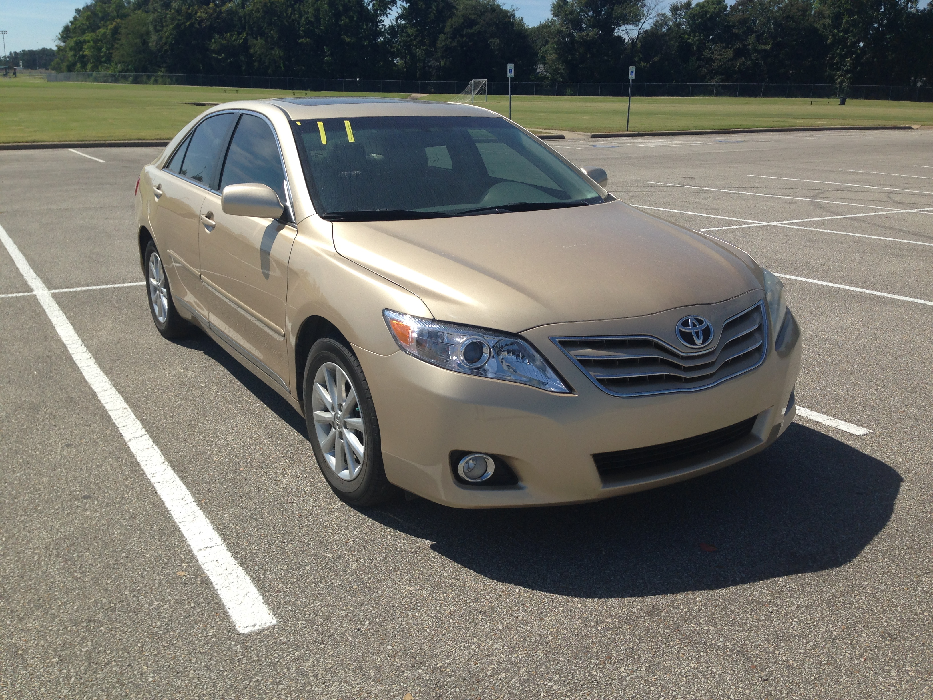 Gold 2011 Toyota Camry