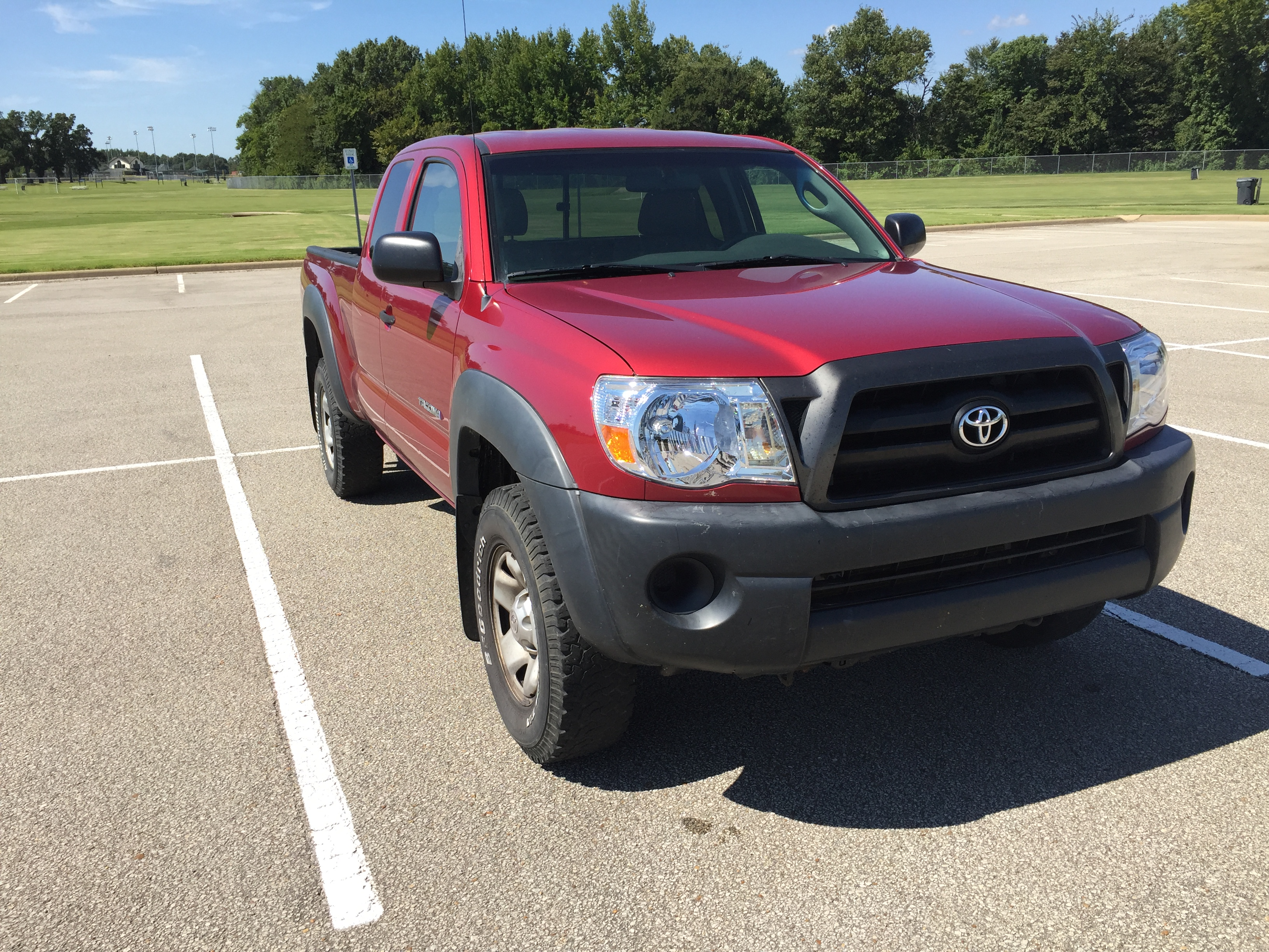 Red 2006 Toyota Tacoma